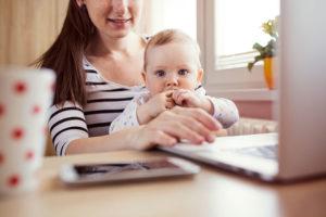 Как зарабатывать маме в декрете